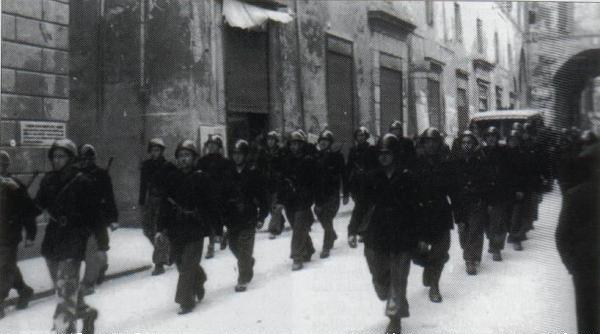 Los Arditi italianos ocupan Fiume en Yugoslavia