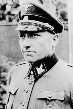 Standartenführer Hugo Kraas jefe de la 12ª División Panzer SS Hitlerjugend